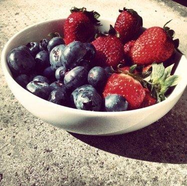 Freeletics Rezept Nachspeise Blaubeeren Erdbeeren